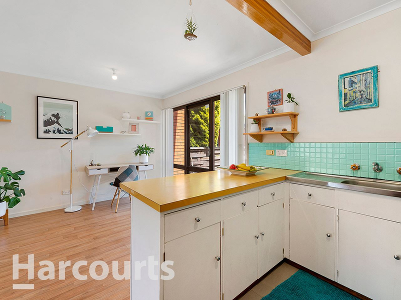 Photo - 3/2 Clifford Court, Howrah TAS 7018  - Image 3