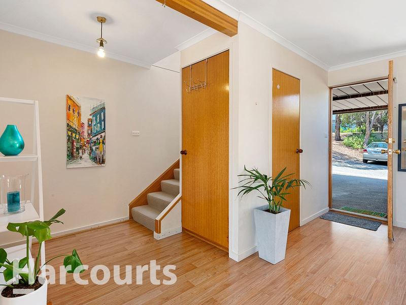 Photo - 3/2 Clifford Court, Howrah TAS 7018  - Image 4