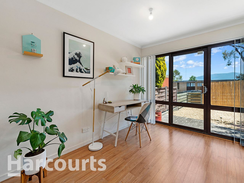 Photo - 3/2 Clifford Court, Howrah TAS 7018  - Image 7