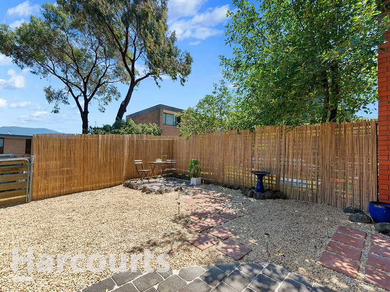 Photo - 3/2 Clifford Court, Howrah TAS 7018  - Image 12