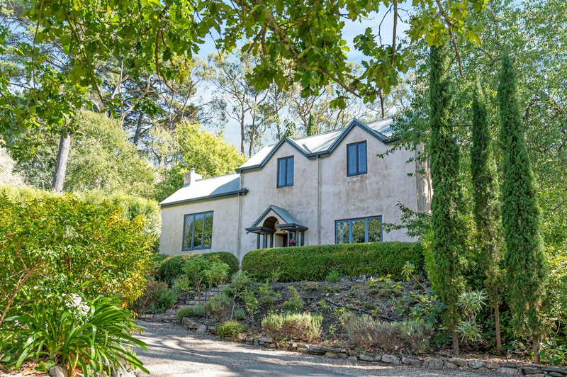 32 Cox Creek Road, Crafers SA 5152
