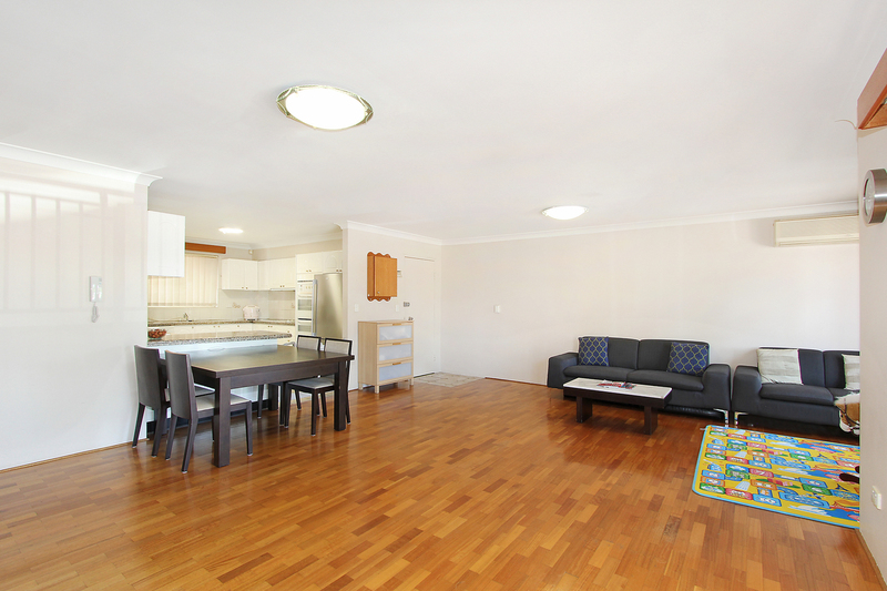 Photo - 3/24 Northumberland Road, Auburn NSW 2144  - Image 3