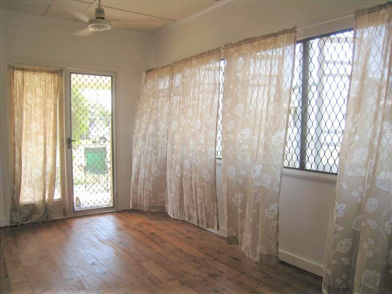 Photo - 32A Wilmington Street, Ayr QLD 4807  - Image 6
