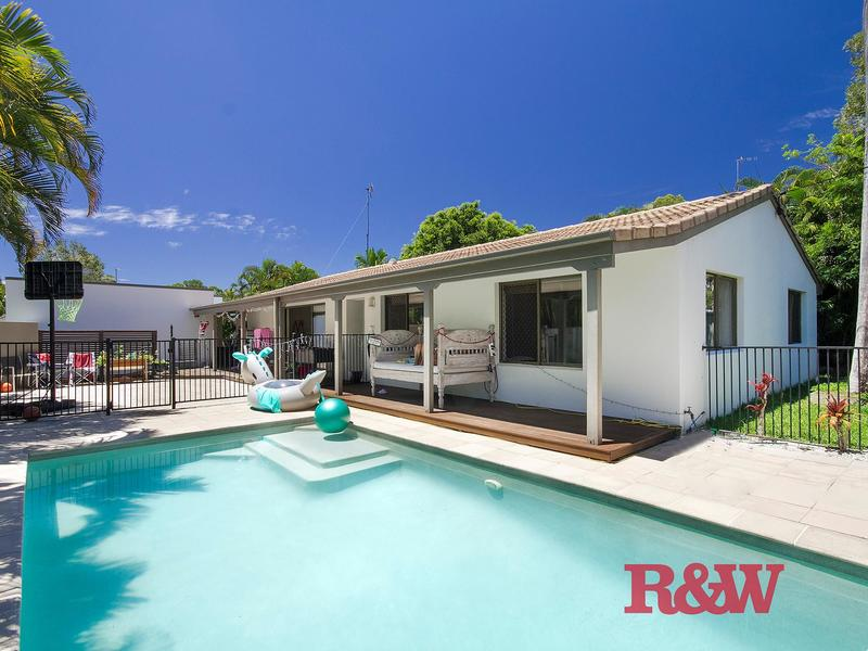 Squiiz Listing 33 Sunset Drive, Noosa Heads QLD 4567