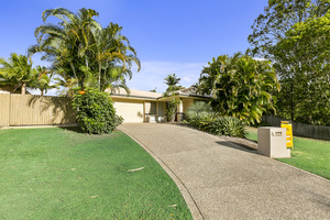 Family Home in Noosa Outlook