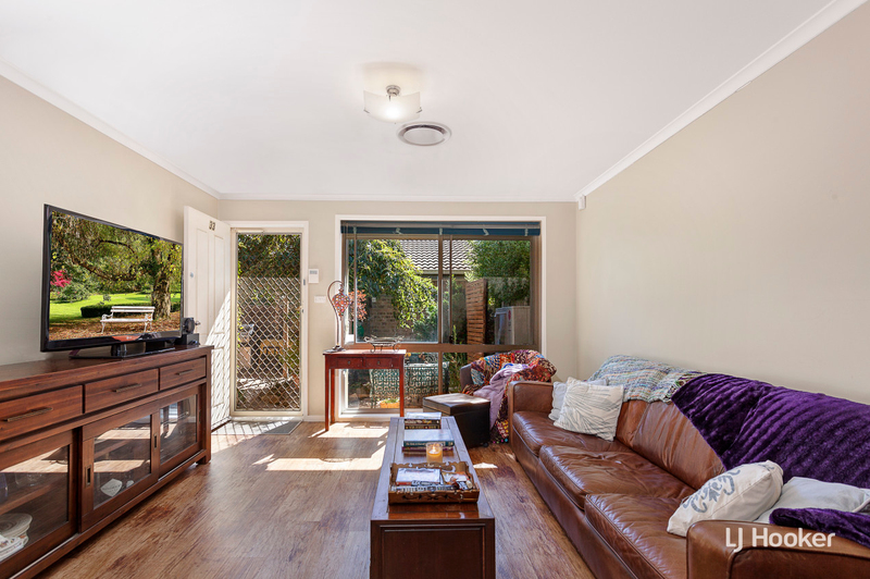Photo - 33/15 John Cleland Crescent, Florey ACT 2615  - Image 2