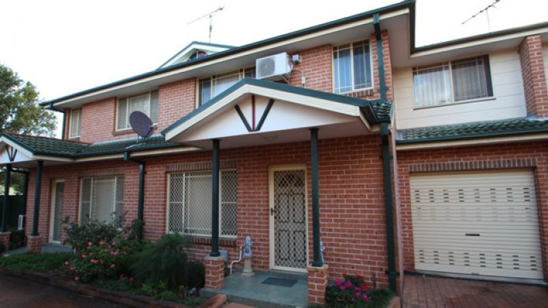 3 32 hoxton park road liverpool nsw 2170 for Kitchens liverpool nsw