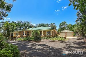 Very Very Nice Family Home On ¾ Acre