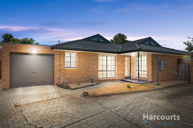 3/4 Jacoby Court, Mill Park VIC 3082