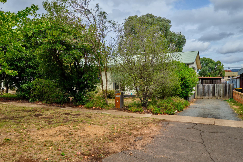 Photo - 35 Fairbridge Crescent, Ainslie ACT 2602  - Image 20