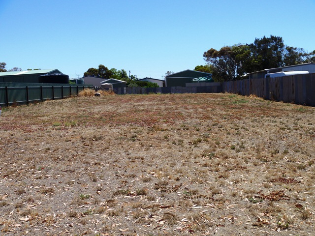 Photo - 35 First Street, Arno Bay SA 5603  - Image 2