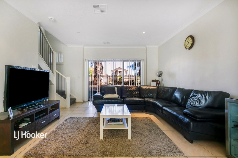 Photo - 3/55 Grasswren Way, Mawson Lakes SA 5095  - Image 3