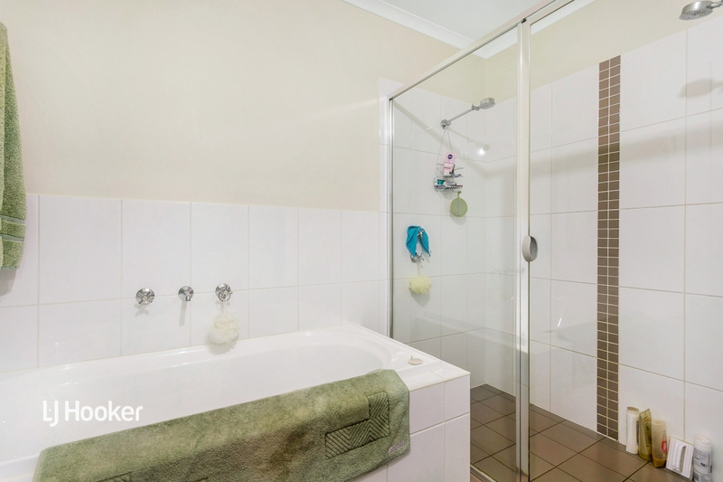 Photo - 3/55 Grasswren Way, Mawson Lakes SA 5095  - Image 7