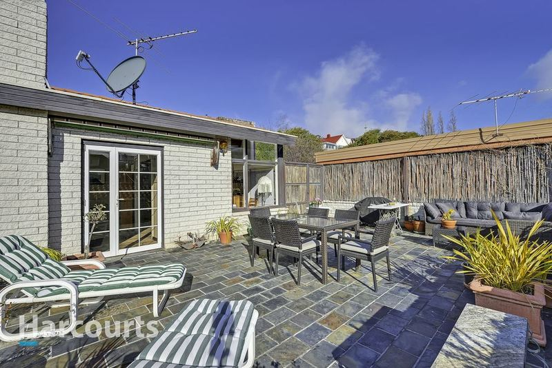 Photo - 36 Norfolk Crescent, Sandy Bay TAS 7005  - Image 3