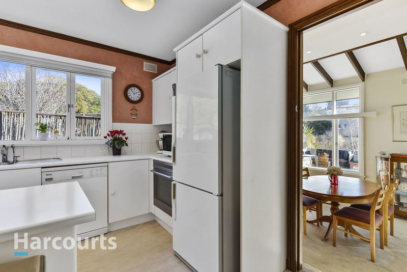 Photo - 36 Norfolk Crescent, Sandy Bay TAS 7005  - Image 14