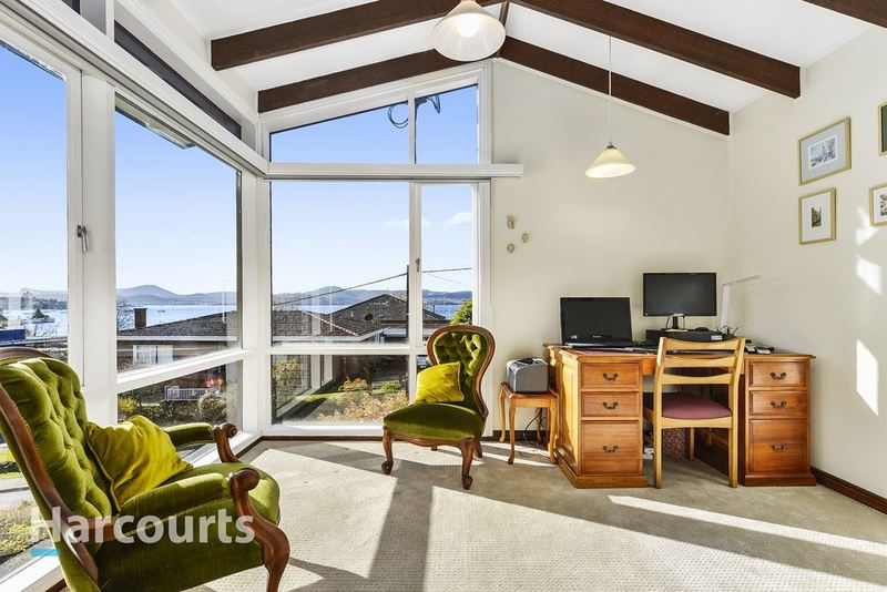 Photo - 36 Norfolk Crescent, Sandy Bay TAS 7005  - Image 15