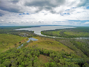 River Frontage, Elevated Home Site, 56 ha