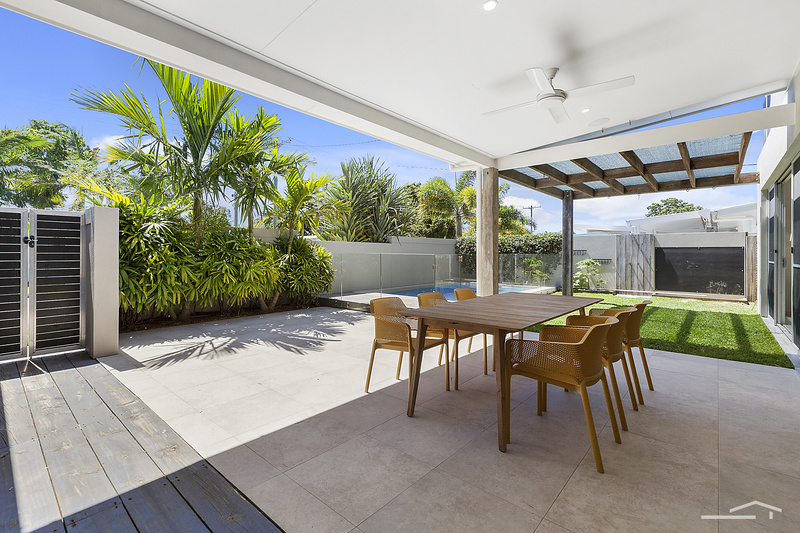 Squiiz Listing 37 Creek Road, Noosaville QLD 4566