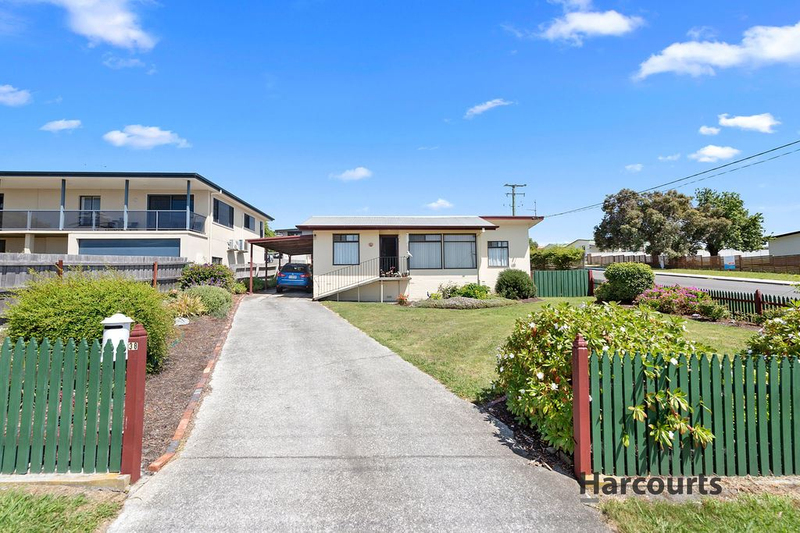 Photo - 38 Elizabeth Street, Bridport TAS 7262  - Image 1
