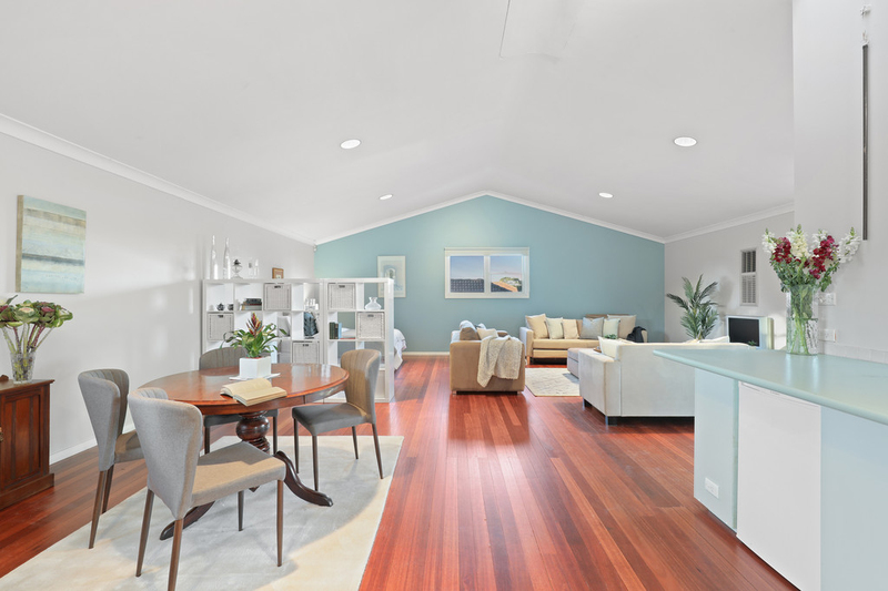 Photo - 38 Glover Street, Willoughby NSW 2068  - Image 4