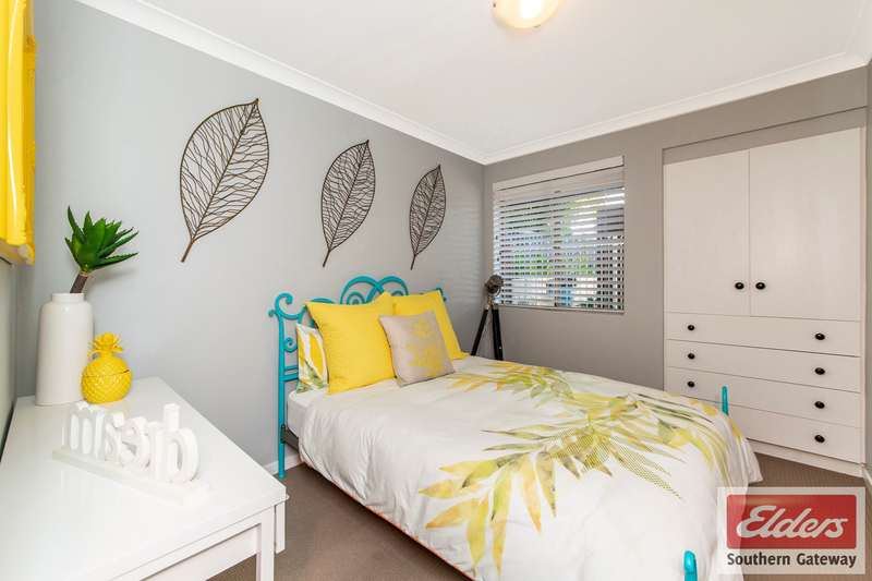 Photo - 38 Newstead Crescent, Parmelia WA 6167  - Image 14