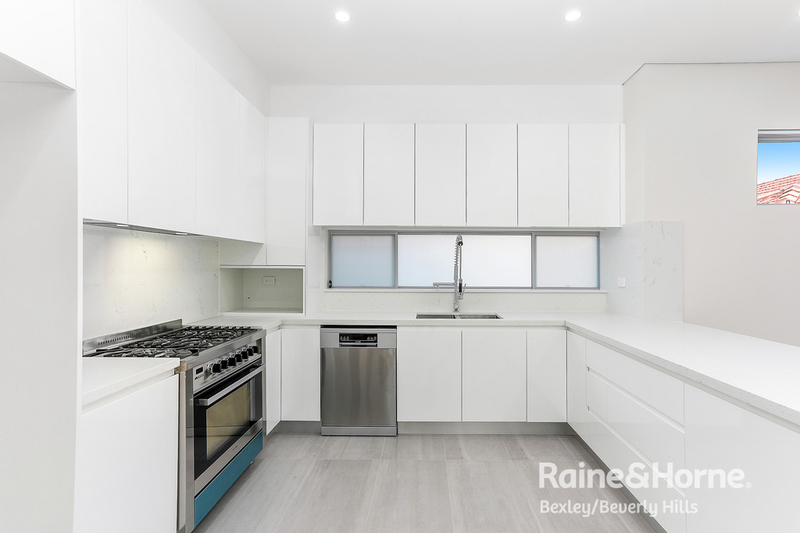 Photo - 38 Roach Street, Arncliffe NSW 2205  - Image 3