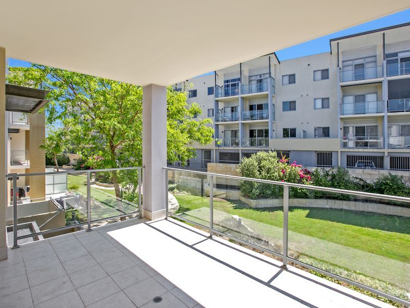 3/9 Ibera Way, Success WA 6164