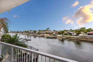 Waterfront 3 Bedroom Apartment in Prime Mooloolaba Beachside Position