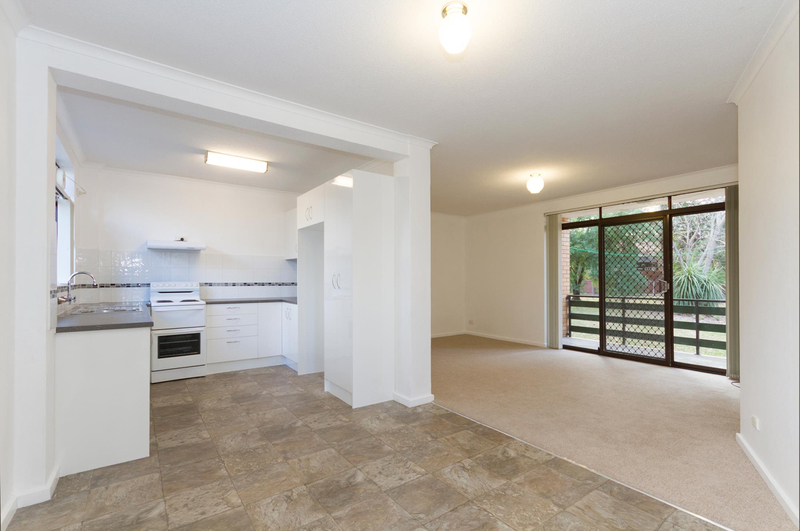 Photo - 39/6 Maclaurin Crescent, Chifley ACT 2606  - Image 3