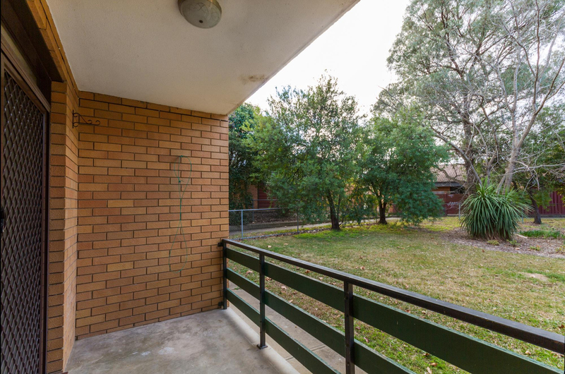Photo - 39/6 Maclaurin Crescent, Chifley ACT 2606  - Image 7