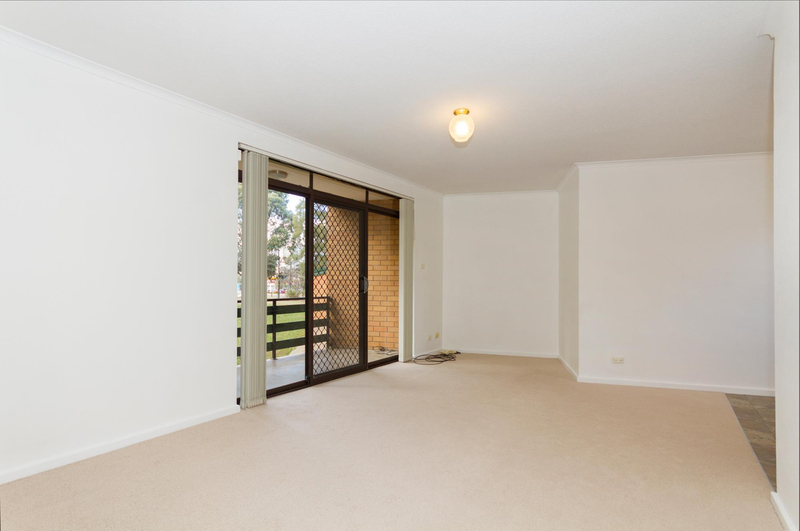 Photo - 39/6 Maclaurin Crescent, Chifley ACT 2606  - Image 8