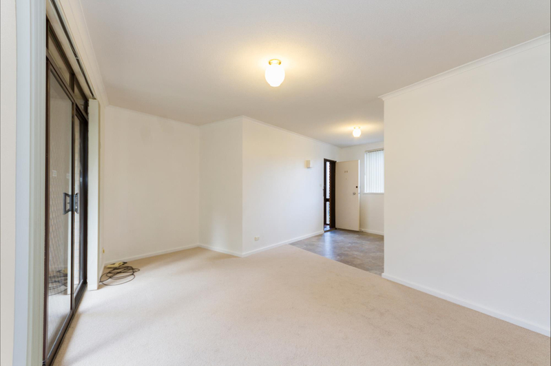 Photo - 39/6 Maclaurin Crescent, Chifley ACT 2606  - Image 9