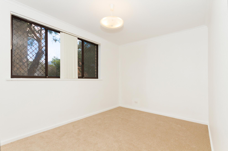 Photo - 39/6 Maclaurin Crescent, Chifley ACT 2606  - Image 11