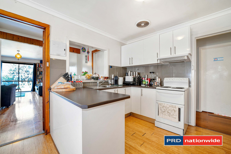Photo - 4 Arcade Way, Avondale Heights VIC 3034  - Image 3
