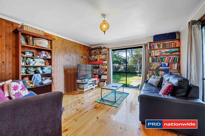 Photo - 4 Arcade Way, Avondale Heights VIC 3034  - Image 5