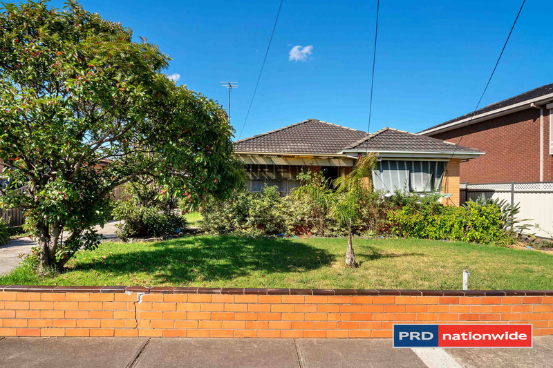 Photo - 4 Arcade Way, Avondale Heights VIC 3034  - Image 9