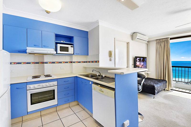 Photo - 4 Britannia Avenue, Broadbeach QLD 4218  - Image 5