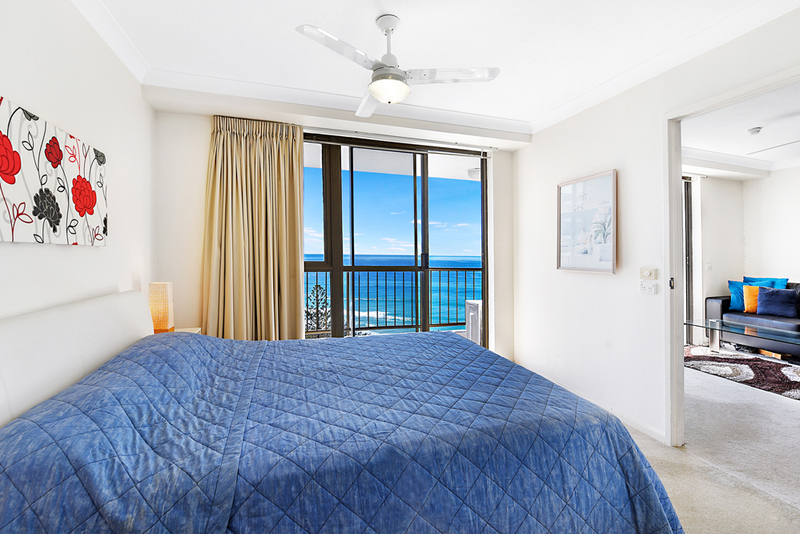 Photo - 4 Britannia Avenue, Broadbeach QLD 4218  - Image 7