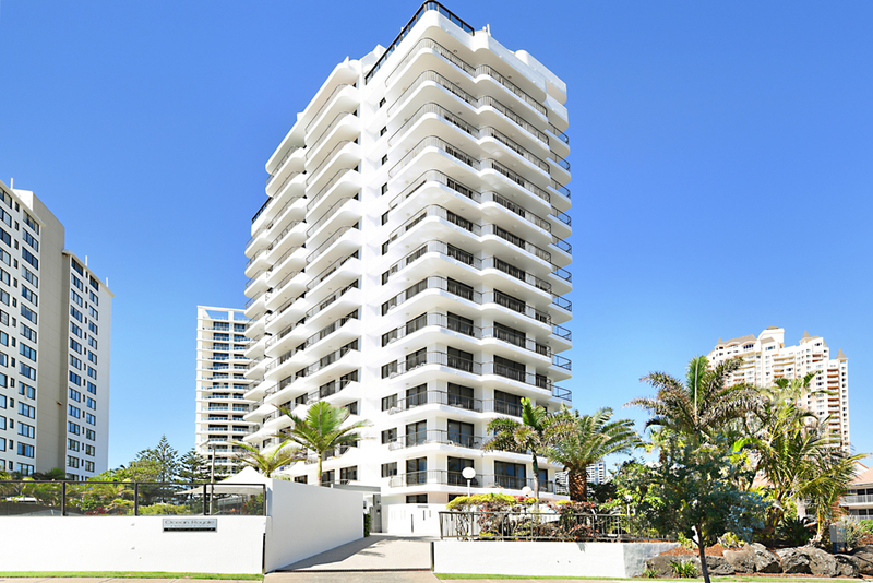 Photo - 4 Britannia Avenue, Broadbeach QLD 4218  - Image 14