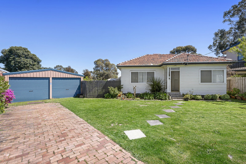 4 Bronwyn Court, Clayton South VIC 3169