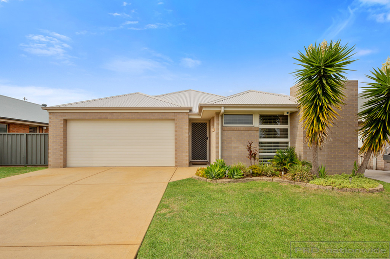 4 Cagney Road, Rutherford NSW 2320