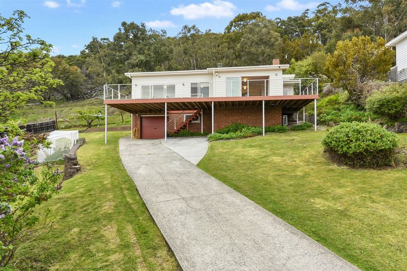4 Jabez Crescent, Lenah Valley TAS 7008