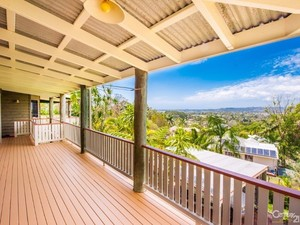 PRICE REDUCTION NOW OFFERS OVER $529,000 - Breathtaking Views in Bli Bli!!