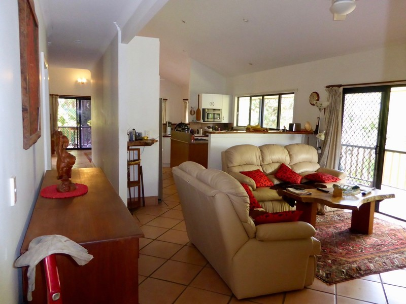 Photo - 40 Belleden Place, Cooroy QLD 4563  - Image 8