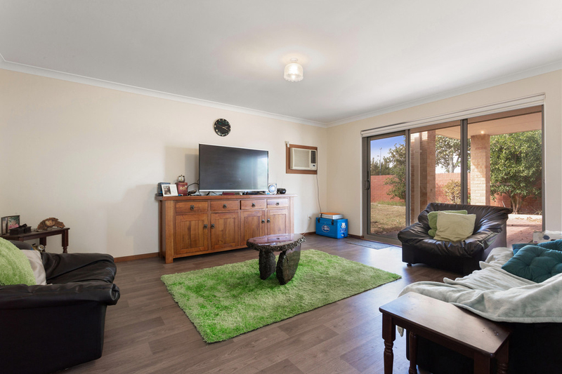 Photo - 401 Beechboro Road North, Morley WA 6062  - Image 2