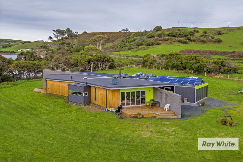 Photo - 408 Penguin Road, West Ulverstone TAS 7315  - Image 3