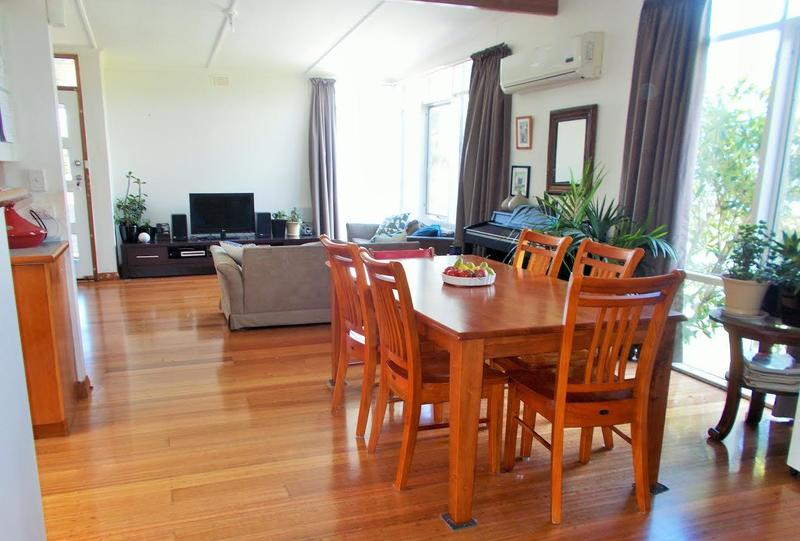 Photo - 41 Crystal Downs Drive, Blackmans Bay TAS 7052  - Image 4