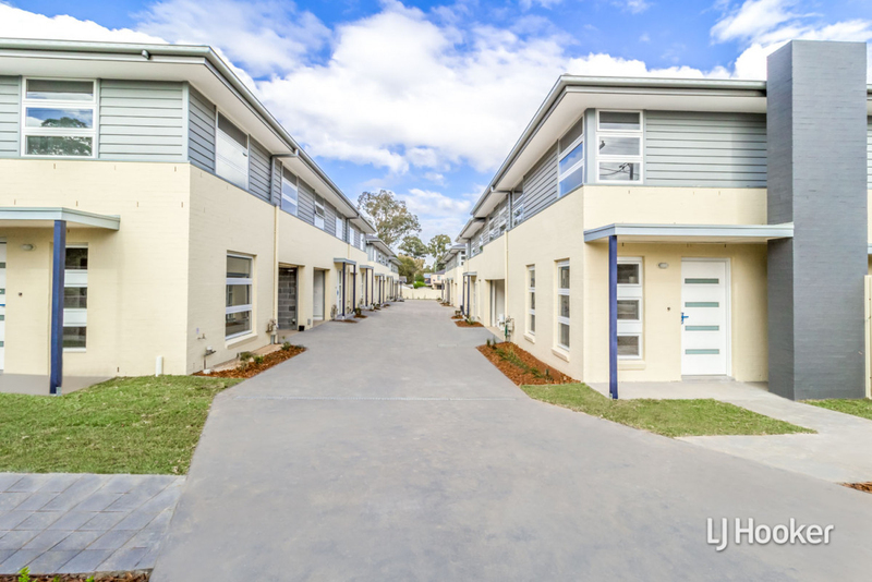 4/110 Canberra Street, Oxley Park NSW 2760