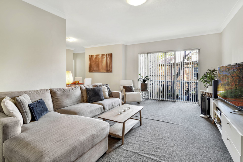 Photo - 4/156-172 Penshurst Street, Willoughby NSW 2068  - Image 2