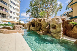 AFFORDABLE LIVING IN THE HEART OF MOOLOOLABA